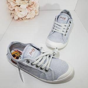 NIB Blowfish Gray Comfort Canvas Shoes